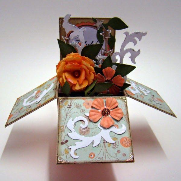 Scraps: Box kort med blomster