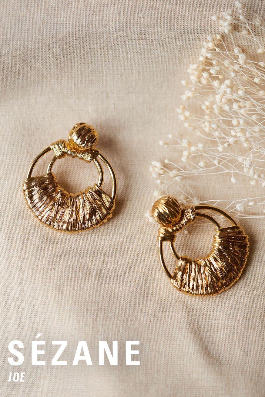 Boucles d'oreilles Sézane dorées  Boucles d'oreilles Sézane dorées fabriquées en France