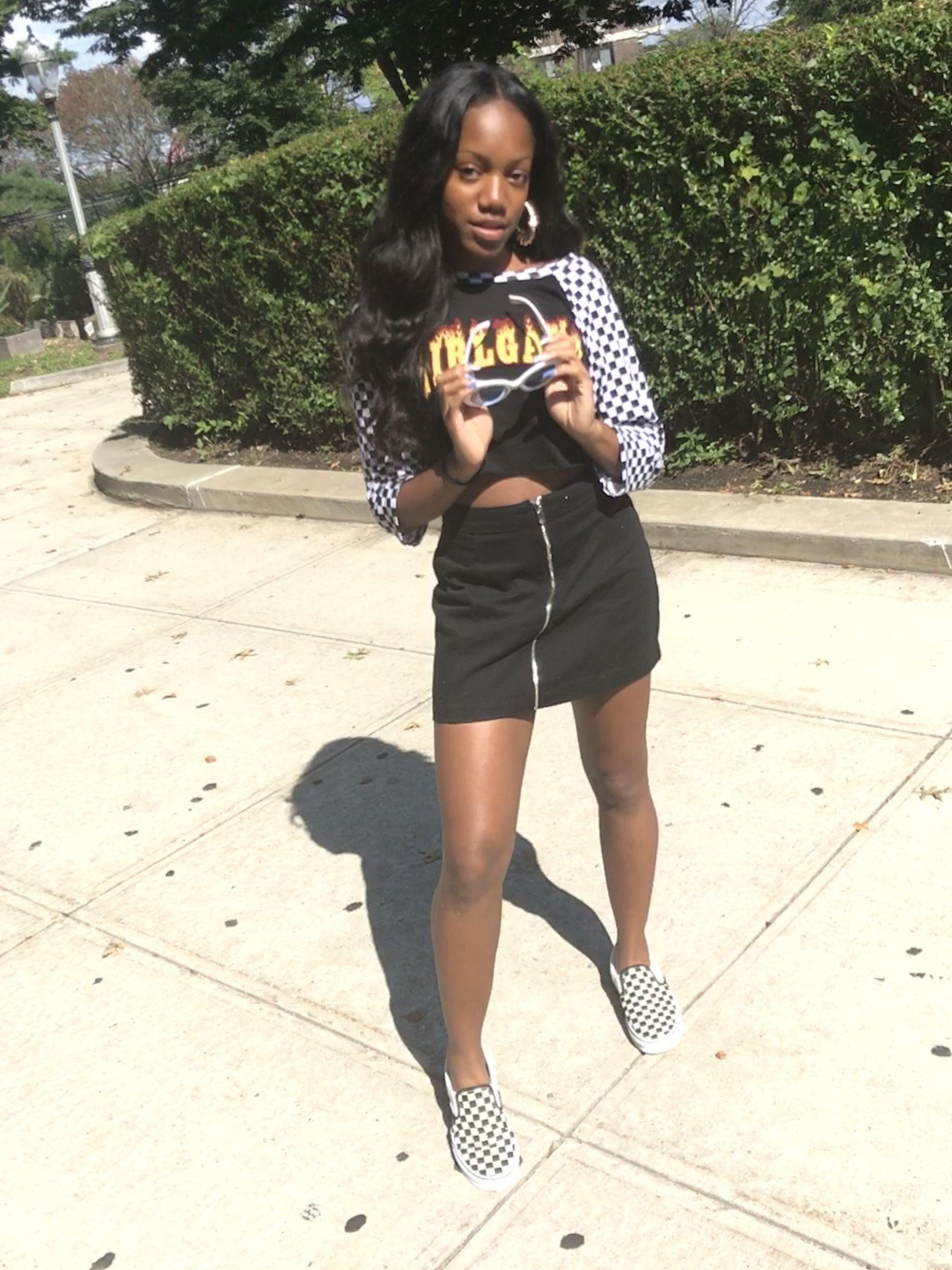 Checkered Board Vans Outfit Black Skirt Forever21 H M Girlgang Shirt Clout Glasses Black Mini Skirt Vans Outfit Diy Summer Clothes Black Skirt Outfits [ 3248 x 2436 Pixel ]