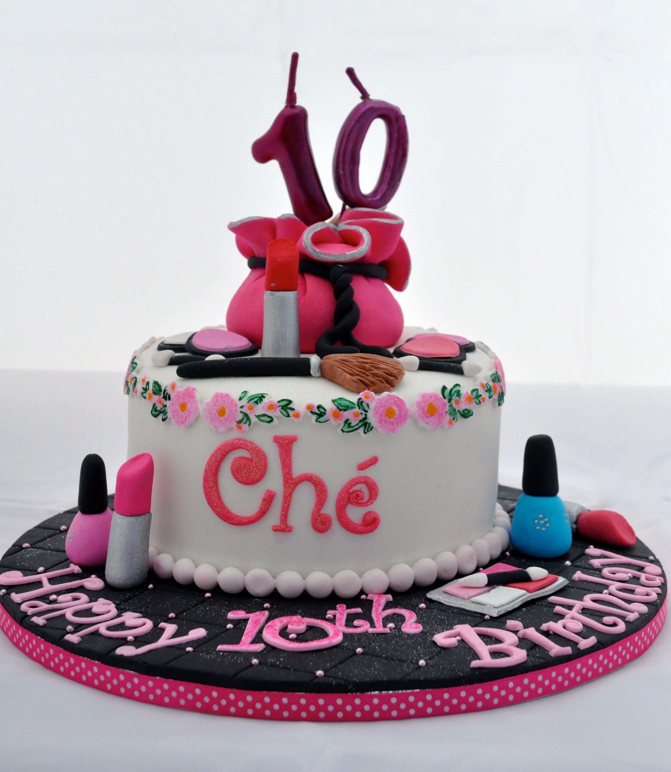 Nail Cakes Bakery: Make-up Cake With Lipstick, Blush, Eye Shadow And Nail