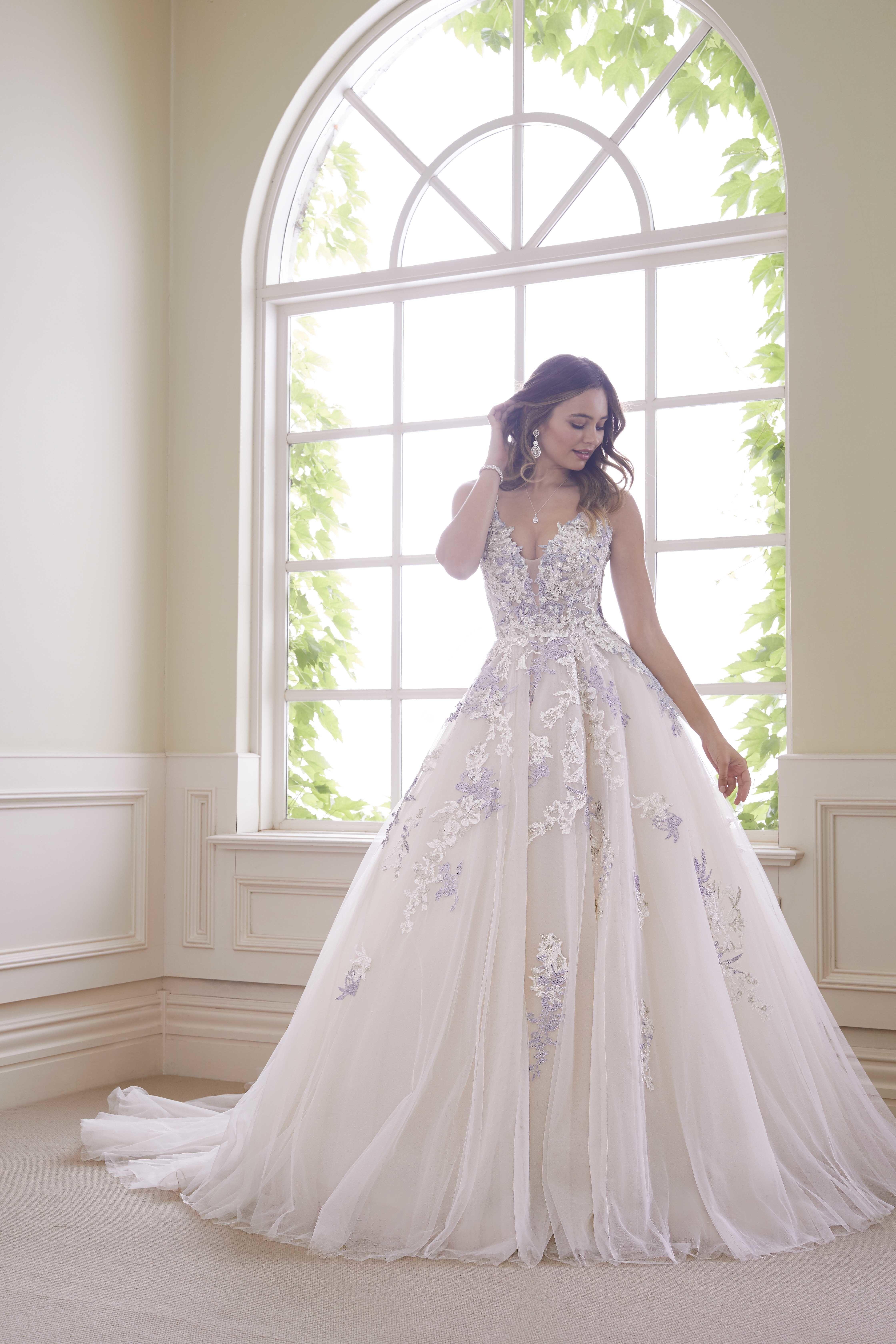 Sophia Tolli Bridal Spring 2019 | Pinterest | Wedding dress ...