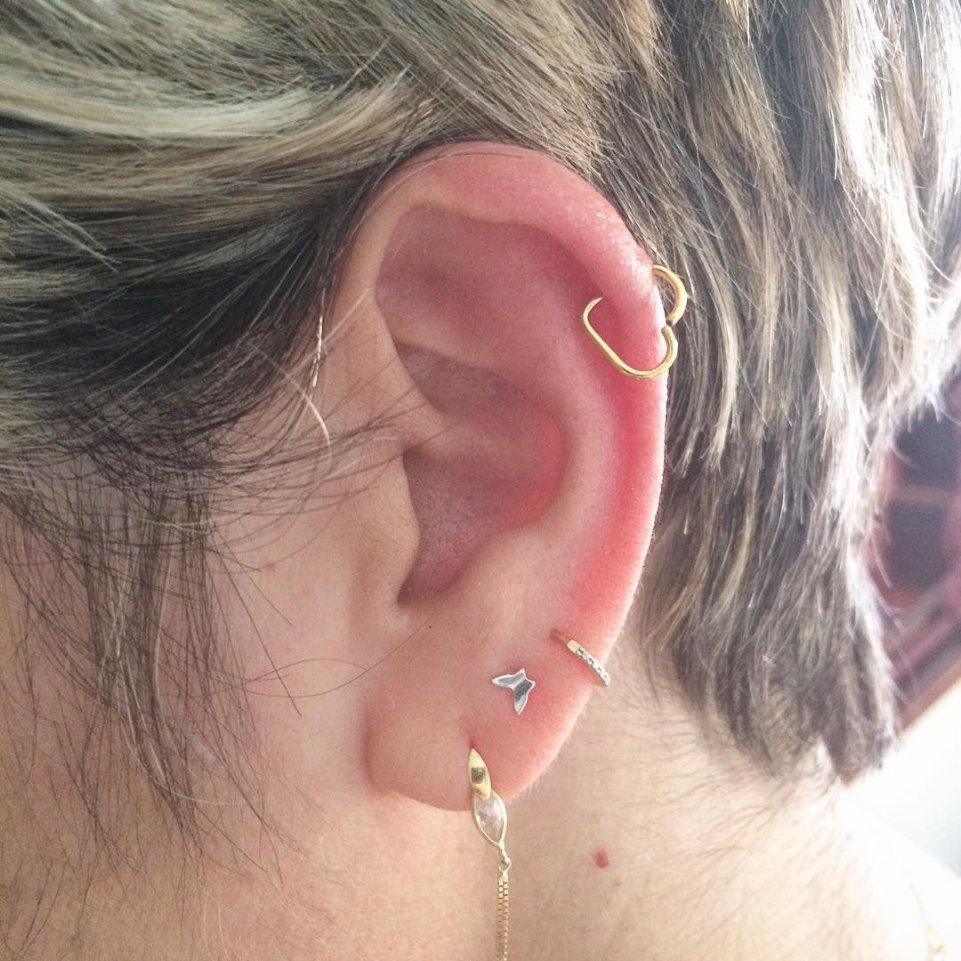 New piercing ideas  Me encanta la nueva tendencia en piercings uHeartilageu o