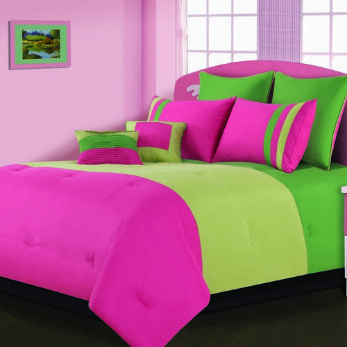 Pink And Green Comforters With Images Bedroom Green Lime