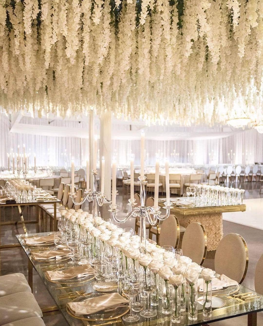 "Chic White Wedding Theme: Wedding Chicks® On Instagram: ""Beautiful #gold And #white"