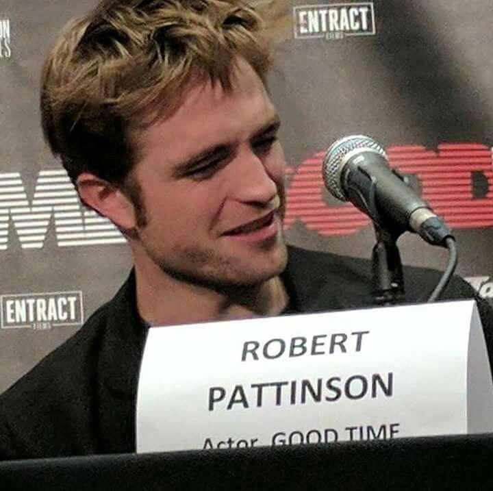 Robert at the Fantasy Film Festival July 26th 2017.