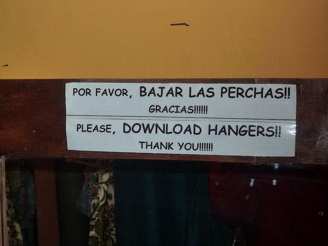 Las Mejores Peores Traducciones Entre El Espanol Y El Ingles Fotos Funny Translations Translation Fail Learn Another Language