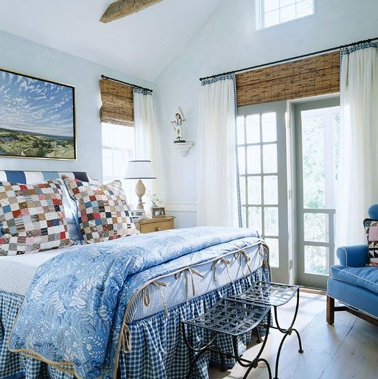 Gary Mcbournie S Nantucket Beach Cottage: Gary Mcbournie Blue Nantucket Bedroom
