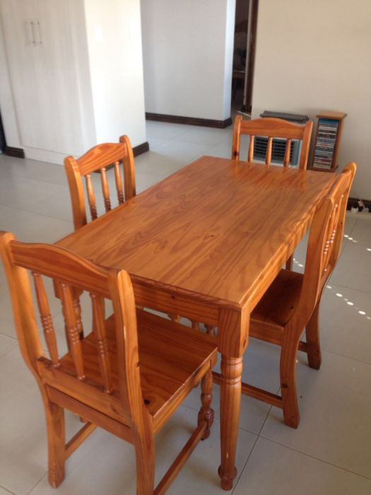 Oregon Pine Dining Room Table And Chairs Bapong Olx Villieria
