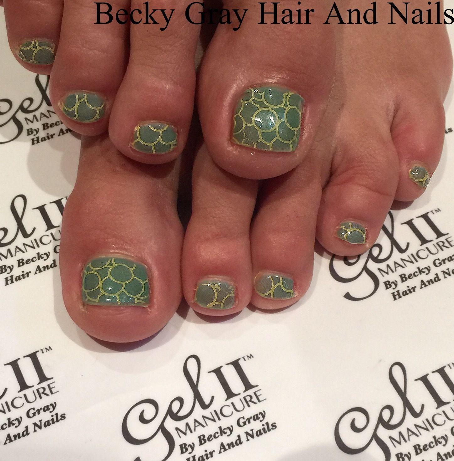 #gelio #pedicure aloha bay bay #moyoulondon stamping #showscratch #manicure #nails #tcbg