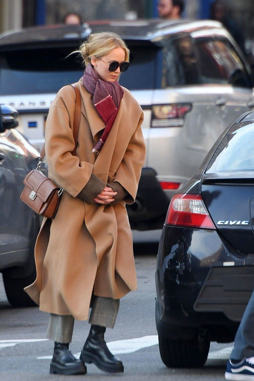 Photo of The Heavyweight Boots Jennifer Lawrence & Zoë Kravitz Stomping Through Winter In
