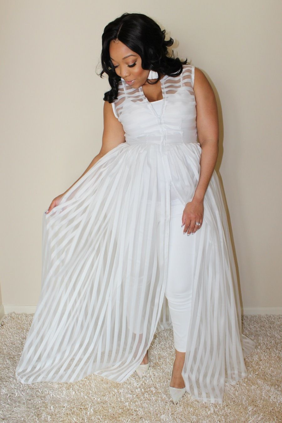 YES white dress with pants! I do need this and have to have it! This designer, Joni Marie Ross, does indeed do plus sizes and I have to add this to the mix.  Designer Spotlight: Currently Obsessed with Joni Marie Ross http://thecurvyfashionista.com/2016/04/designer-spotlight-currently-obsessed-with-joni-marie-ross/