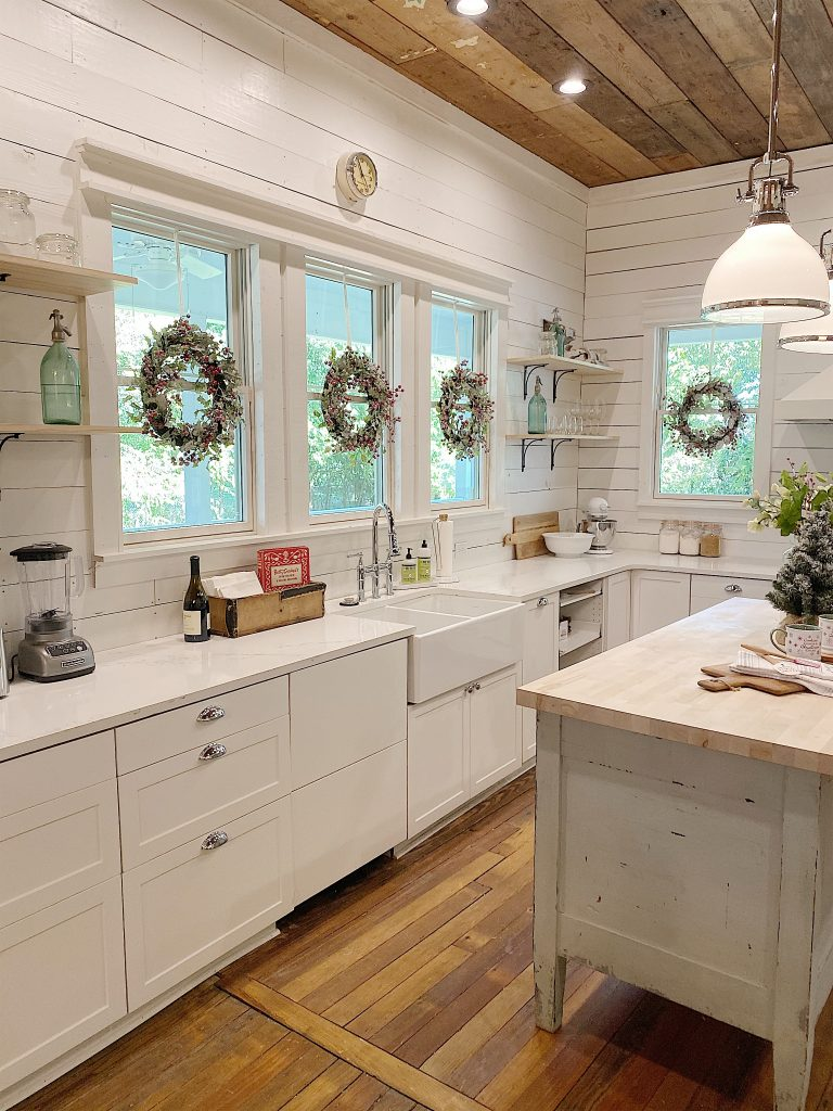 I absolutely love the farmhouse sink and faucet I found