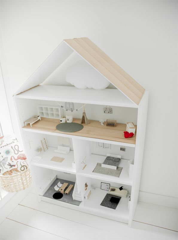 Mooie Houten Boekenkast.Tover Een Billy Boekenkast Om Tot Een Mooi Poppenhuis Ikea