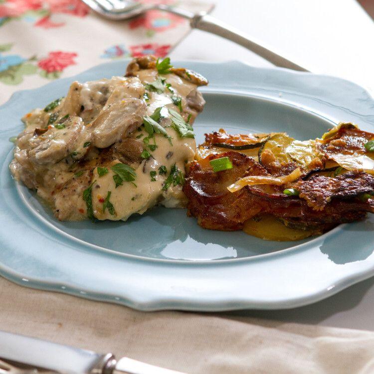 Company chicken recipe trisha yearwood main dishes and dishes company chicken food network trisha yearwoodtrishas forumfinder Image collections