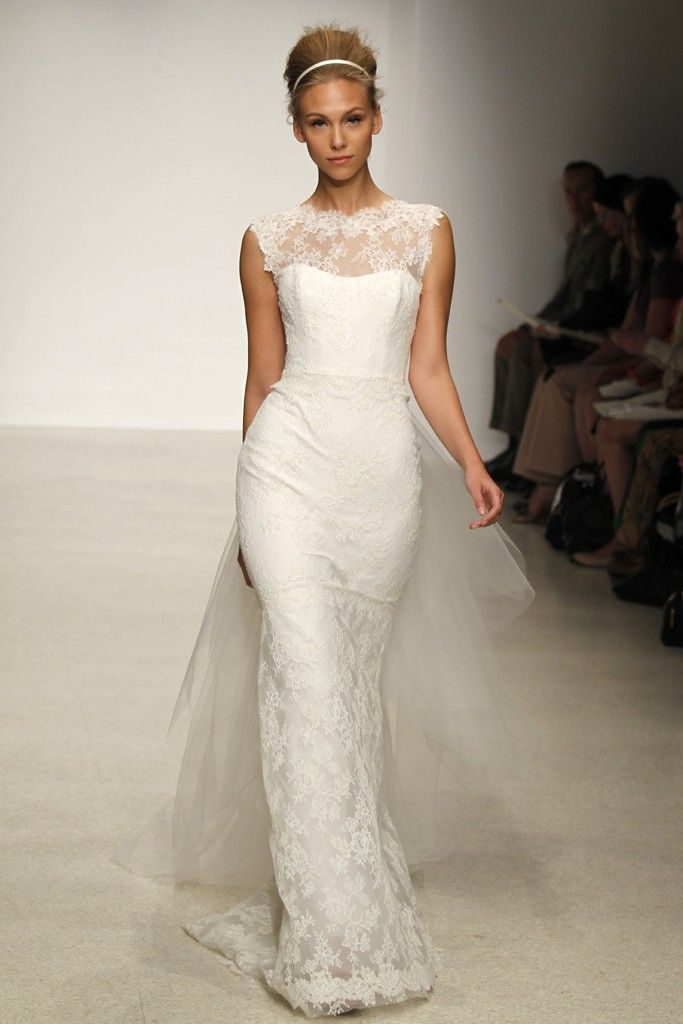 13 Gorgeous Gowns for Classic Romantic Brides | Gowns, Bridal gowns ...