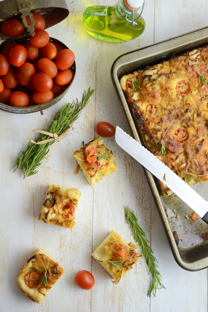 caramelized onion and rosemary focaccia recipe how to make caramelized onion and rosemary foccacia recipe pinterest onions food photography and