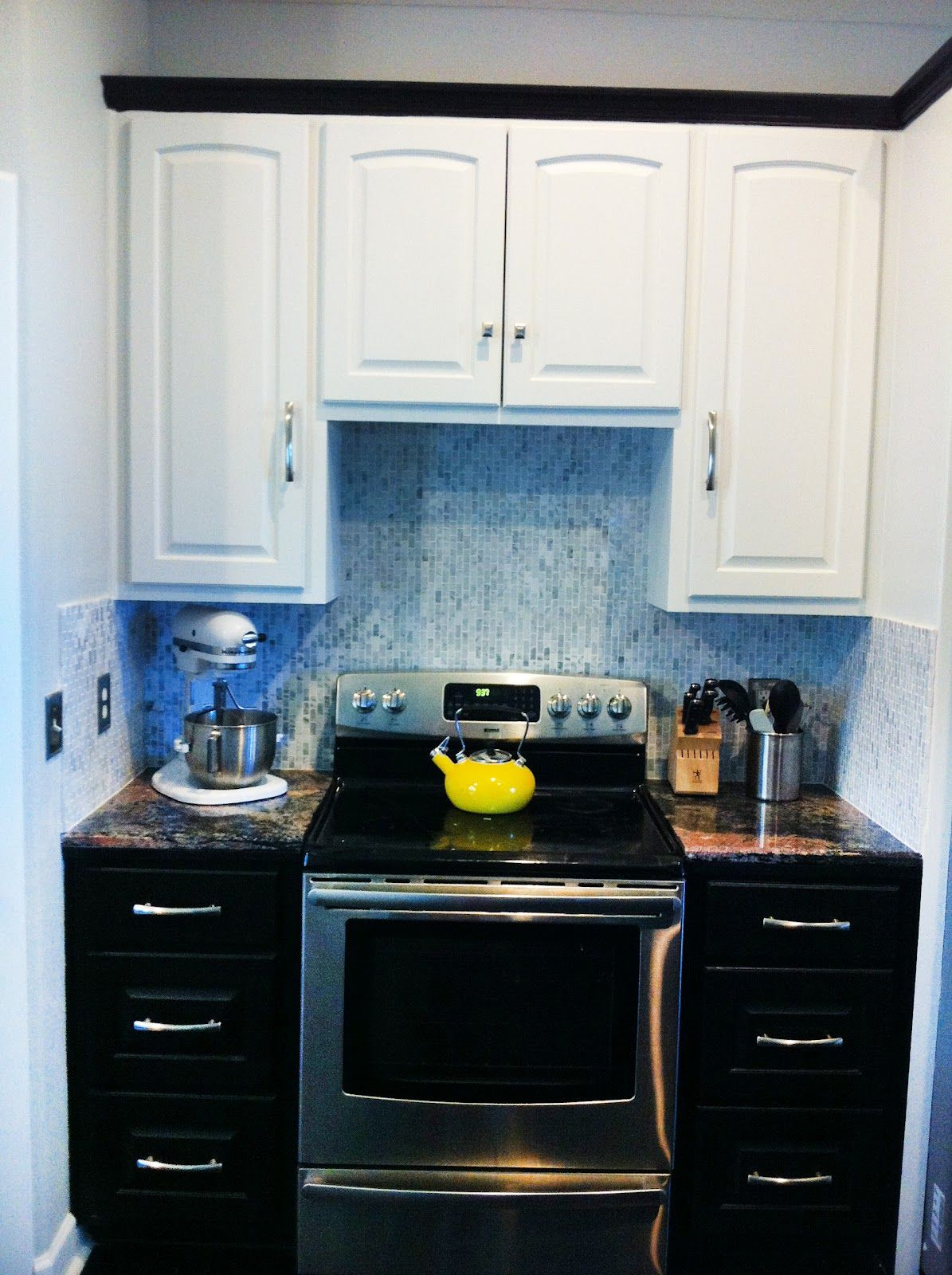 black and white kitchen cabinets, tuxedo kitchen - Google Search ...