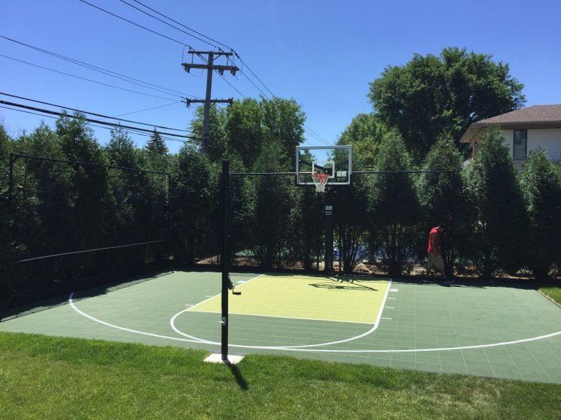 Green & Kiwi Half Court