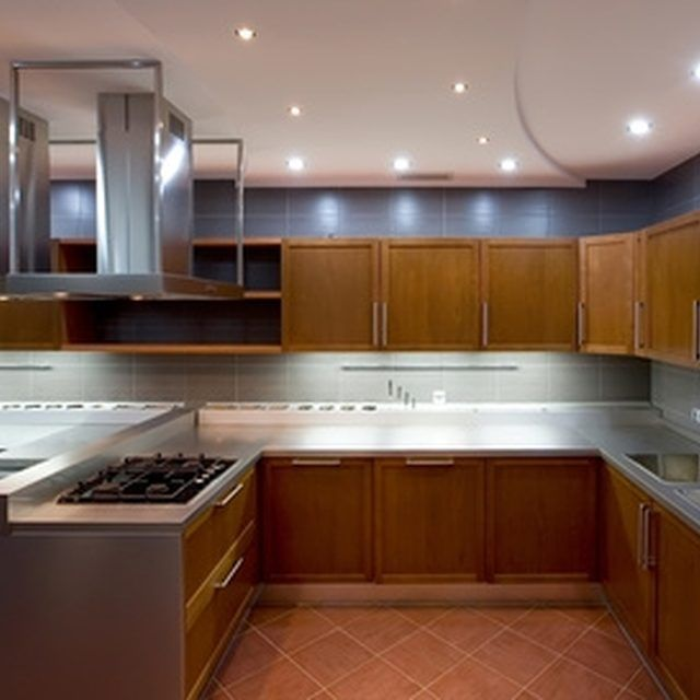 Remove Grease From Kitchen Cabinets: How To Clean Grease Build Up On Kitchen Cabinets