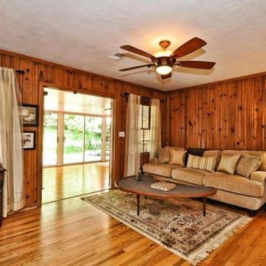 Vintage Knotty Pine Paneling: Living Room (With Images)