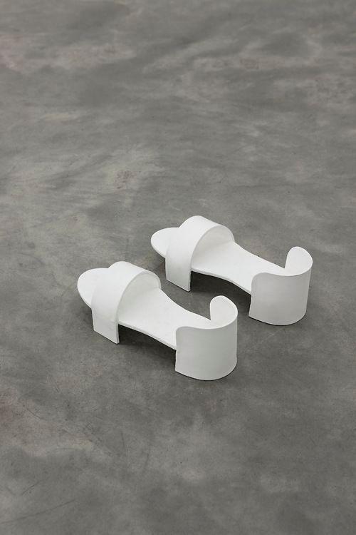 Olivia Erlanger Shoes Minimal Minimalist Minimalism Fashion