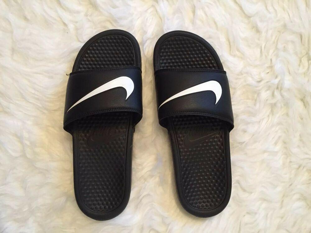 nike flip flops size 9