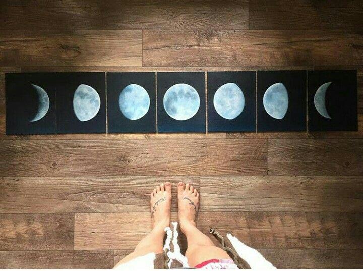 Composição de quadros com as fases da lua. @mango_twee