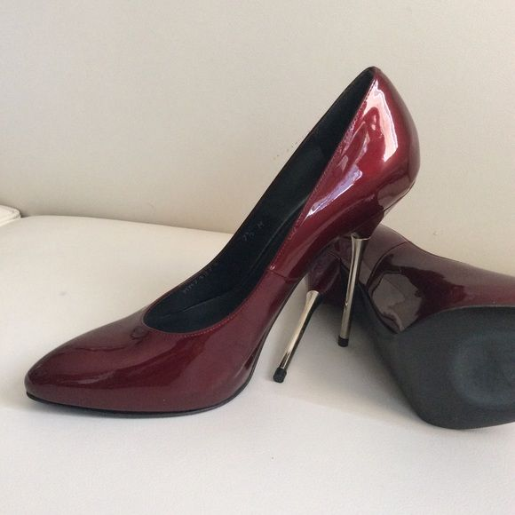 80ade5458b9 Stuart Weitzman Spain Burgundy silver heels Excellent condition ...