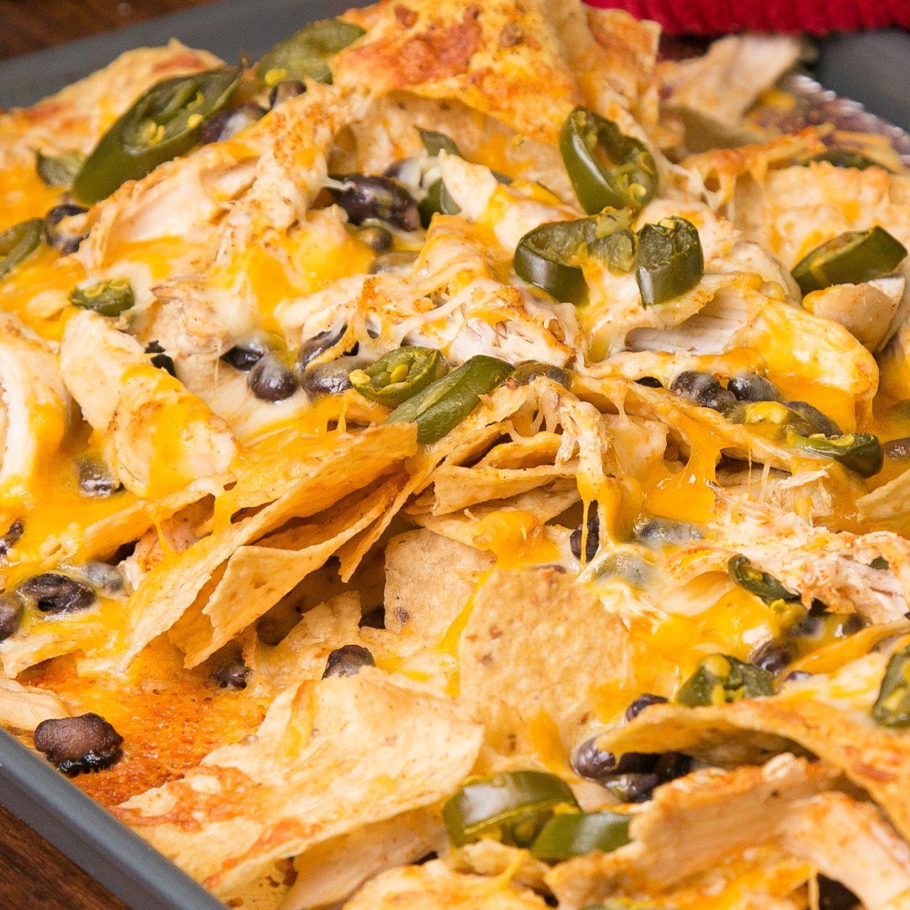 5 minute nachos recipe easy party snacks snacks and easy 5 minute nachos easy party snackstailgate foodtailgatingwestern forumfinder Images