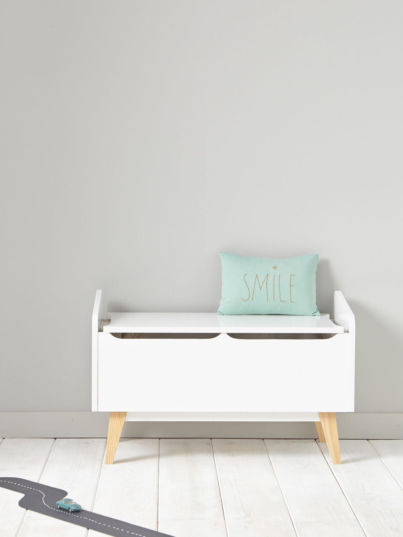 Petit meuble retro tendance pour ranger avec beaucoup de style les