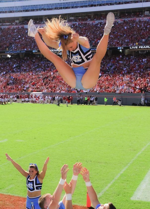 Unc Cheerleaders College College Cheerleading