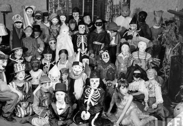 Vintage Halloween Costume Children Party 1941