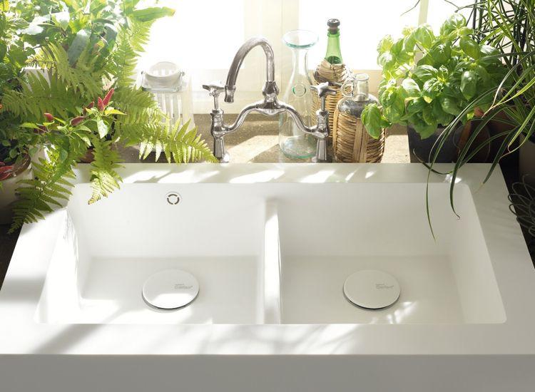 Entzuckend Arbeitsplatte Corian Küche Dupont Rechteckig Weiss Armatur  Rustikal #wohnideenkuche #kitchen #DuPont #