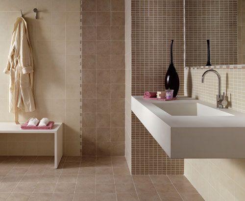 bagno mattonelle marroni mosaico bagno a ec e d c f