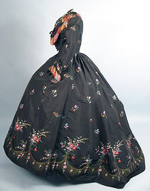 Dress ~ French brocade ~ 1860s  ~ New Orleans