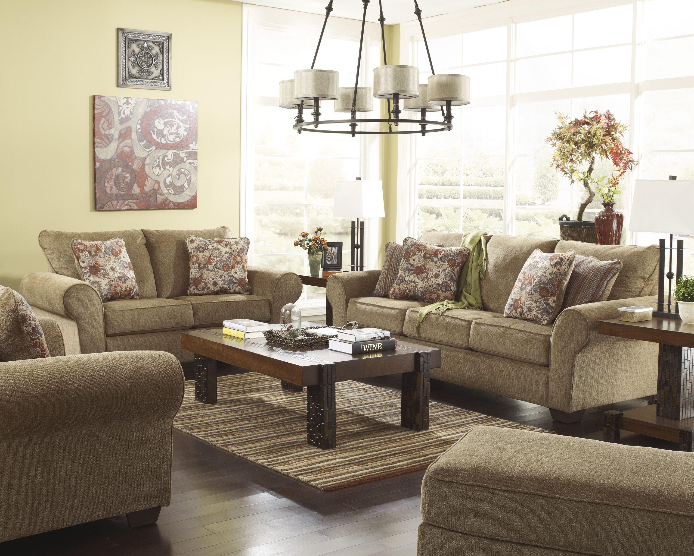 لا تقلقي باختيار الألوان الفاتحة كالأبيض والبيج لقد اخترنا أقمشة أثاث أشلي بجودة عالية Ashley Furniture Couch And Loveseat Set Living Room Furniture