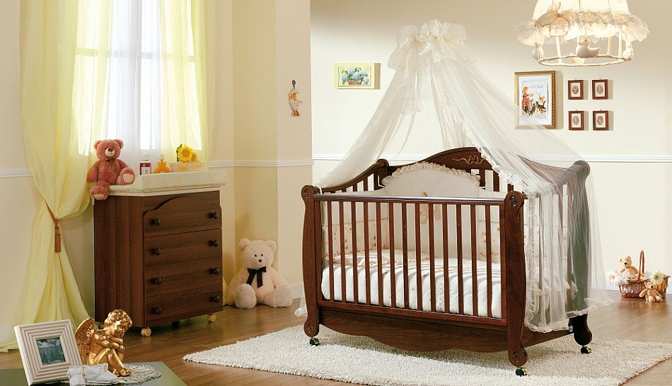 Luxury antique vintage design baby cot Rigoletto by Pali ...