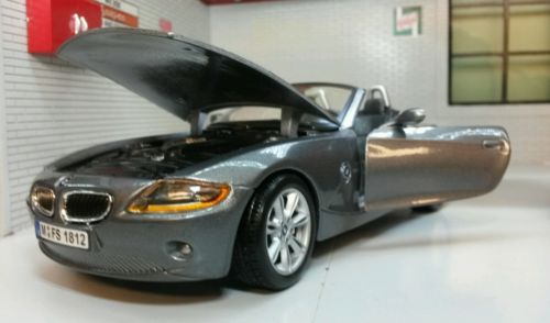 G Lgb 1 24 Scale Bmw Z4 Convertible Cabrio Burago Very Detailed Model 22002 View More On The Link Http Www Zeppy Io Product Gb Bmw Z4 Bmw Convertible