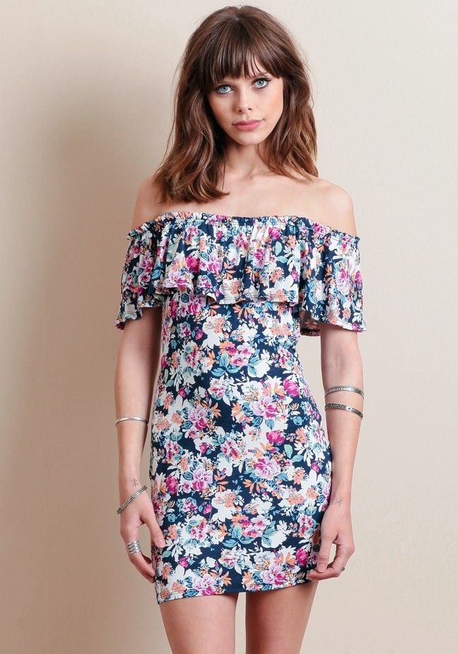 embrace all of summers biggest trends with this amazing fitted off-the-shoulder floral dress.