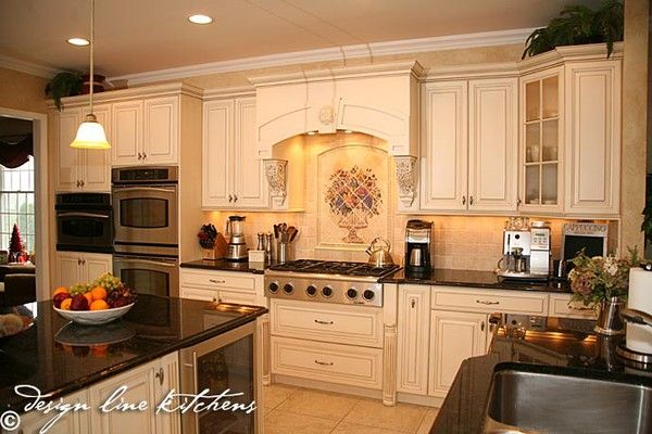 A Beautiful Tuscan Style Kitchen Love The White Cabinetry With