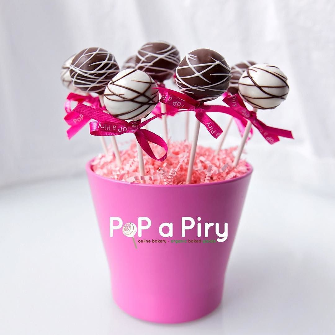 These CakePoPs look beautiful and taste even better! Covered in ...