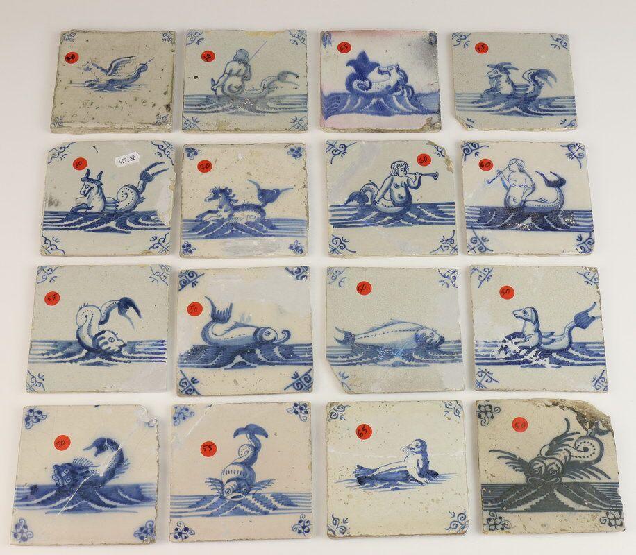 Vijftien blauw aardewerk tegels, 18e eeuw, met voortelling van zeewezens, een met zeehond