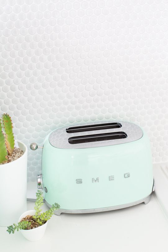 A Smeg Giveaway For Mother S Day Mint Kitchen Vintage