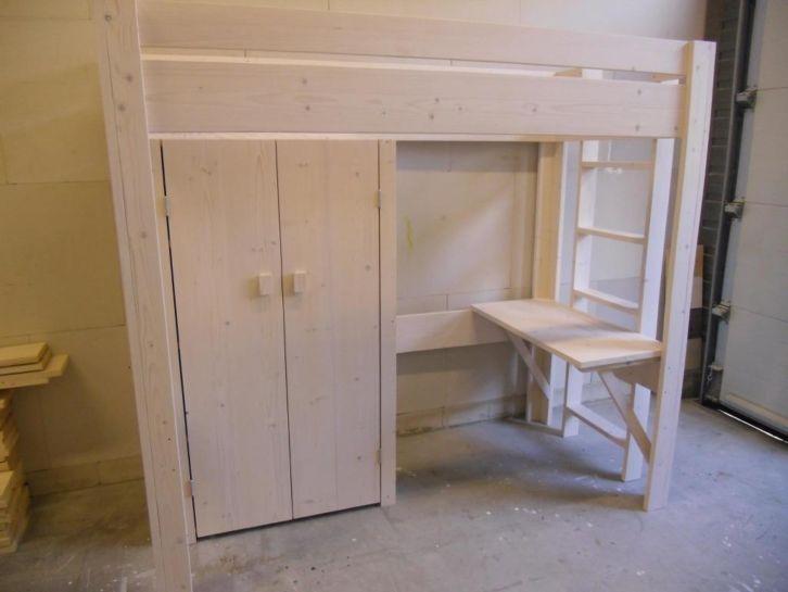 Hoogslaper Met Kastruimte : Optimaal gebruik van de ruimte met een hoogslaper met bureau