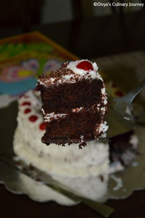 Black Forest Cake (Easy & Egg-less Version) using stabilized whipped cream icing #stabilizedwhippedcream