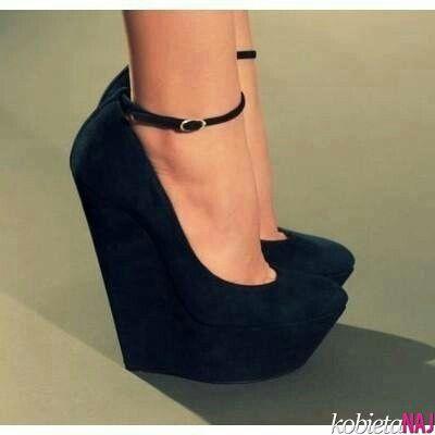 Czarne Koturny Z Paseczkiem Na Kostce 3 Heels Me Too Shoes Crazy Shoes
