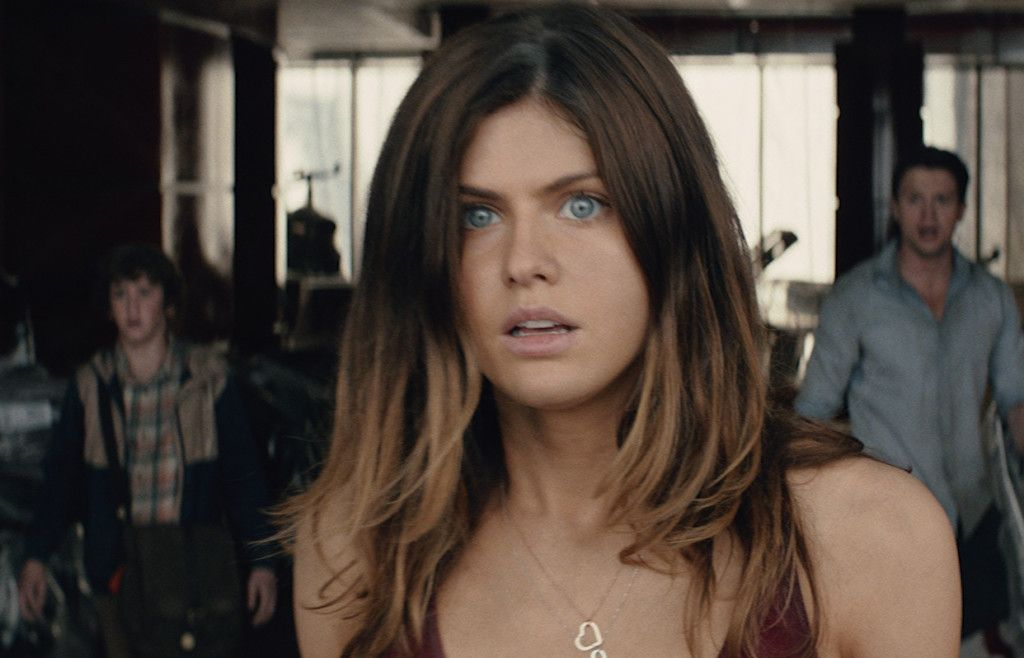 Alexandra Daddario As Blake In San Andreas By Warner Bros Pictures