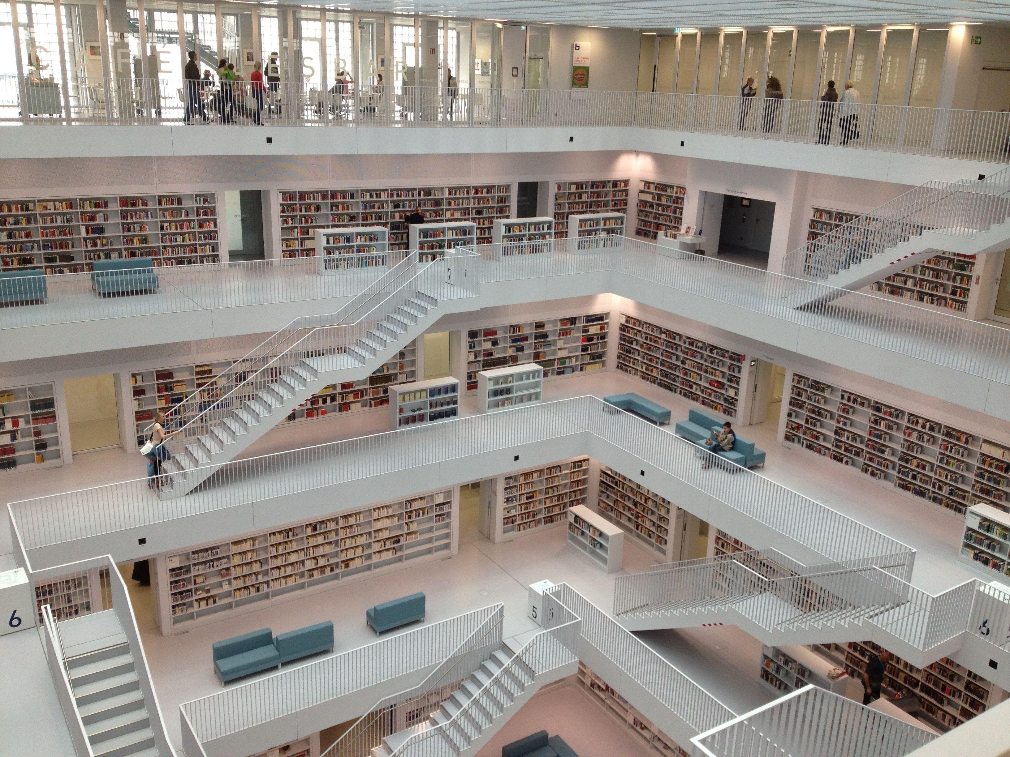 Stuttgart - Bücherei
