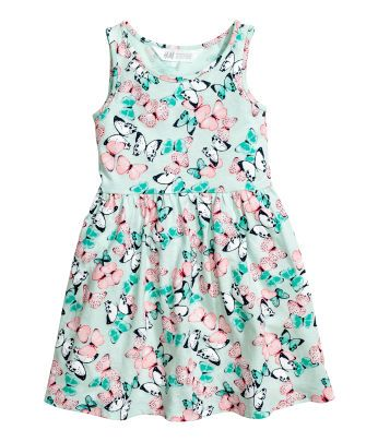 d0a361a290 Shop kids clothing and baby clothes at H&M – We offer a wide selection of children's  clothing at the best prices. Shop online or at a store near you.