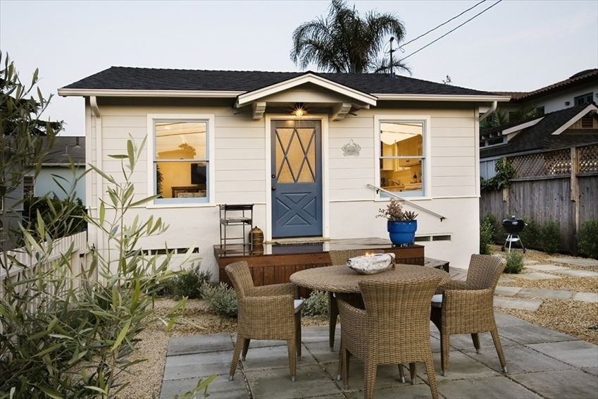 Carpinteria Beach Cottage Al Great Reviews And One Block From The